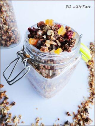 Granola di Avena e Quinoa Croccante al Burro di Arachidi