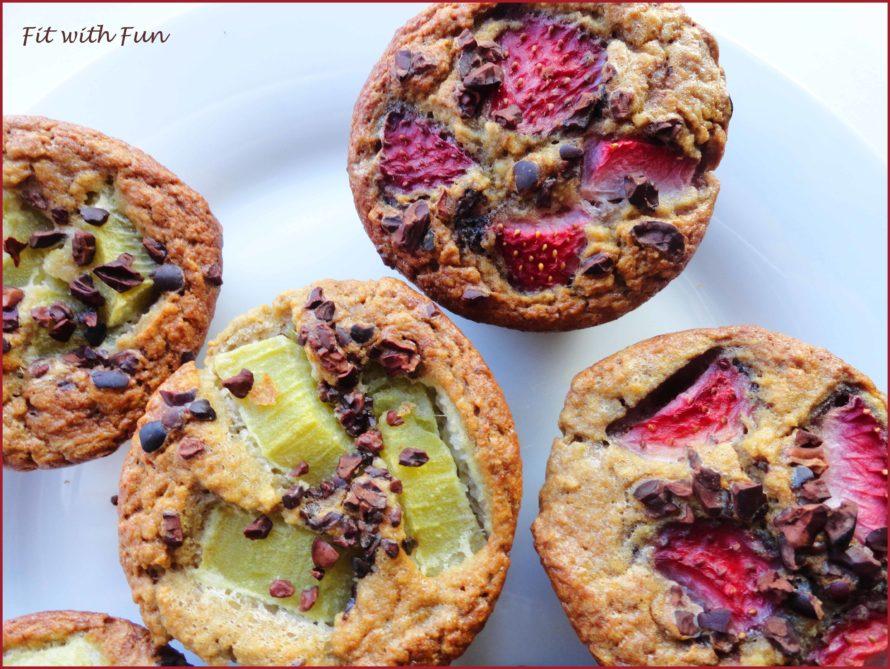 Muffin con Gocce di Cioccolato Frutta e Fave di Cacao
