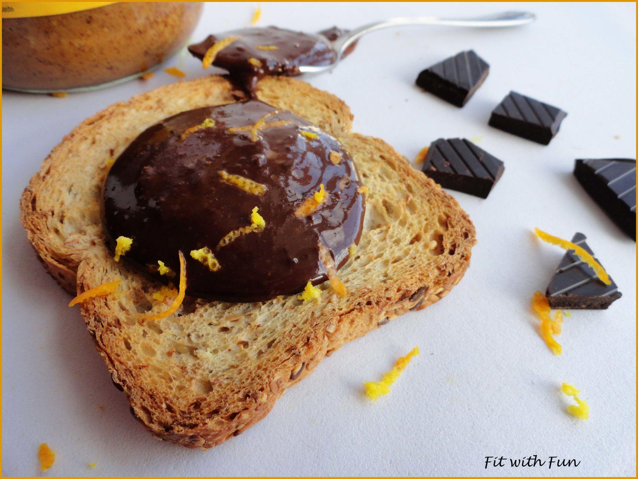 Burro di Arachidi Proteico al Cioccolato Fondente e Arancia