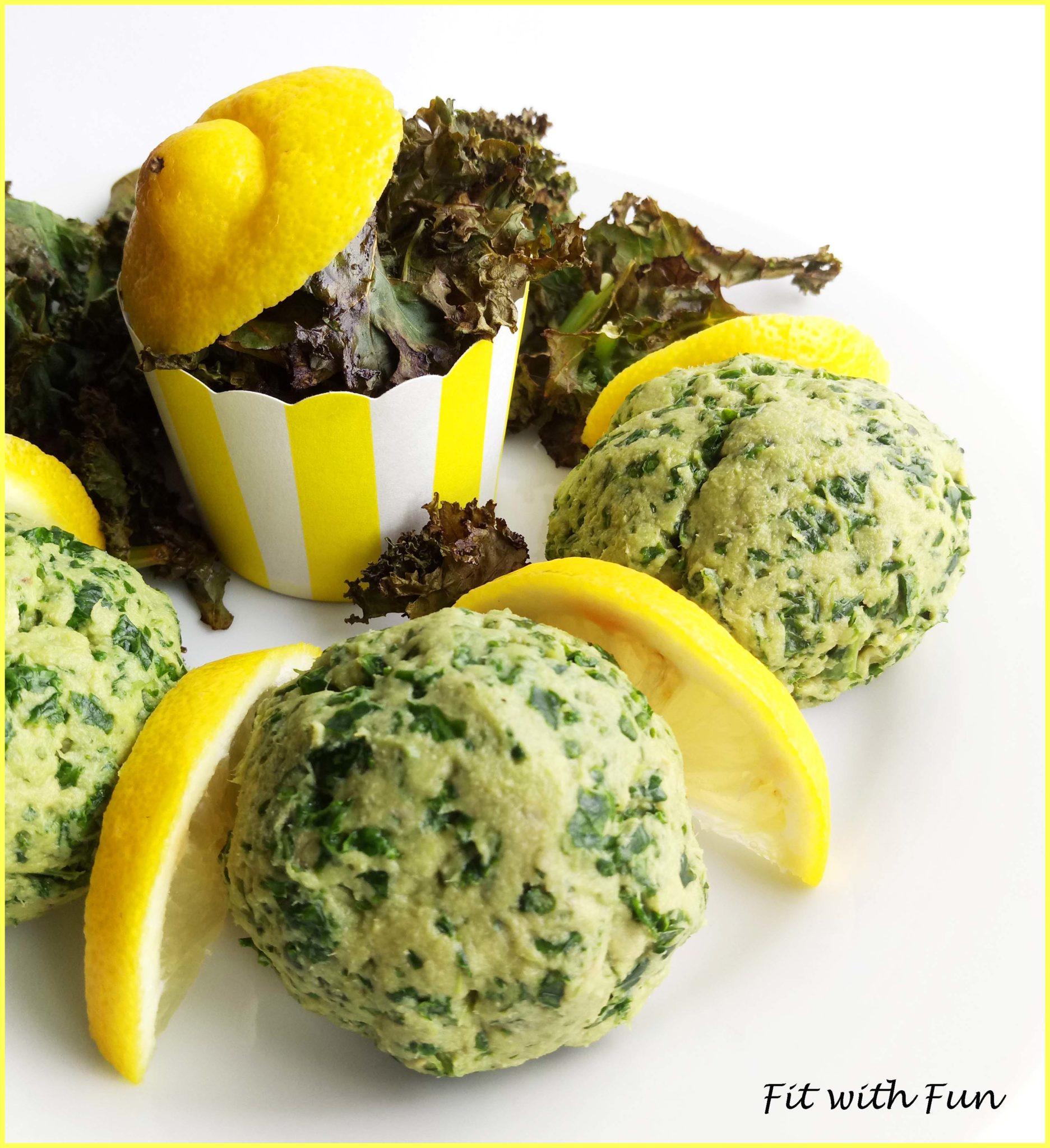 Polpette Crude di Avocado e Tonno con Chips di Cavolo Nero Kale