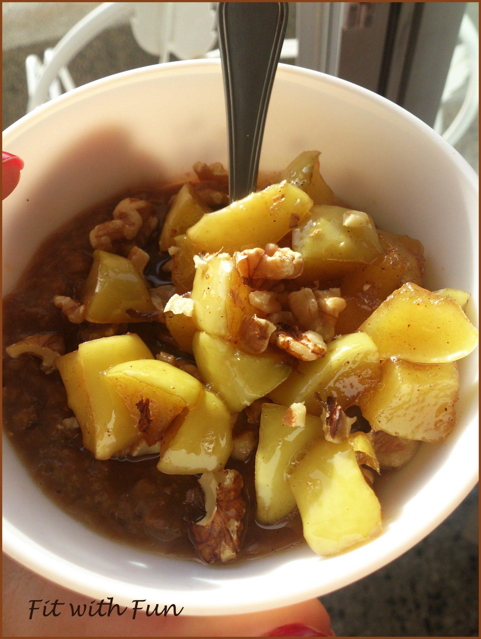 Porridge al Caffè con Mele Sciroppate e Noci