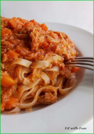 Fettuccine di Riso con Ragù alla Bolognese di Tonno