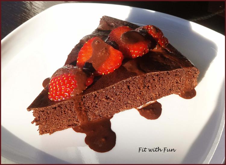 Torta Proteica Soffice e Senza Glutine al Cacao