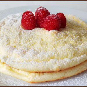 Pancake Nuvola Proteici e Soffici Ripieni di Cioccolato