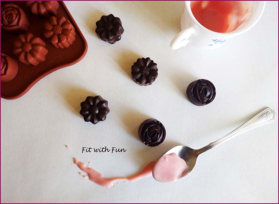 Cioccolatini Fondenti fatti in casa Ripieni di Crema Proteica