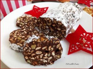 Salame Proteico di Cioccolato e Amaretti Senza Cottura